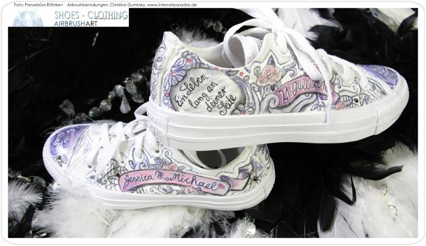 Schuhe Handbemalt Personalisiert Vom Kuenstler Chucks Converse